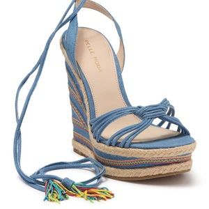 New - Pelle Moda embroidered wedges